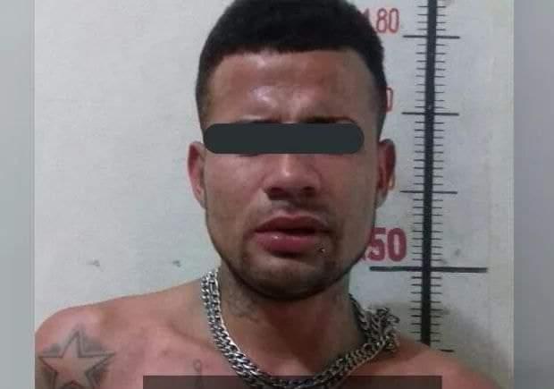 SE LES ESCAPA A POLICÍAS DE CADEREYTA CUSTODIO, ES BUSCADO.